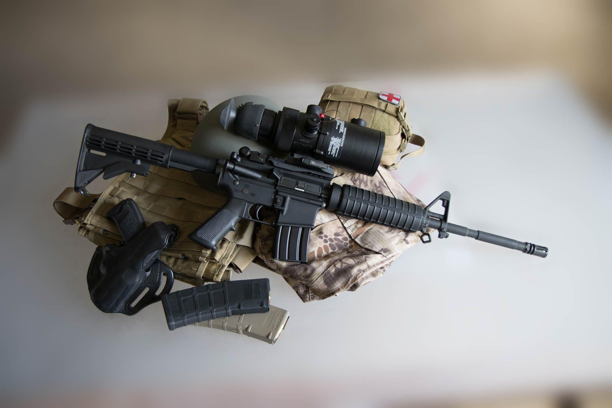 AN/PVS-4 Night Vision Sight on AR-15 - HK USP Compact - Magpul PMAGs